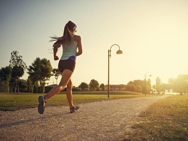 Chạy bộ hằng ngày cải thiện chiều cao và tăng cường sức khỏe