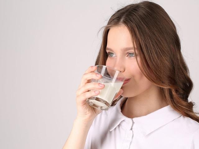 Sữa tăng chiều cao cho người lớn có tác dụng không?