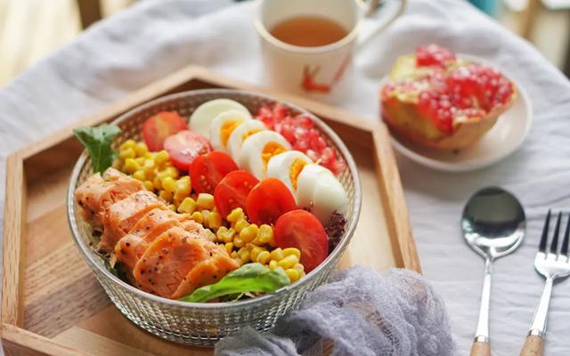 Chế độ dinh dưỡng giúp bạn duy trì sự khỏe mạnh của xương khớp